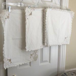 Battenburg lace linen 6 Placemats/napkins runner
